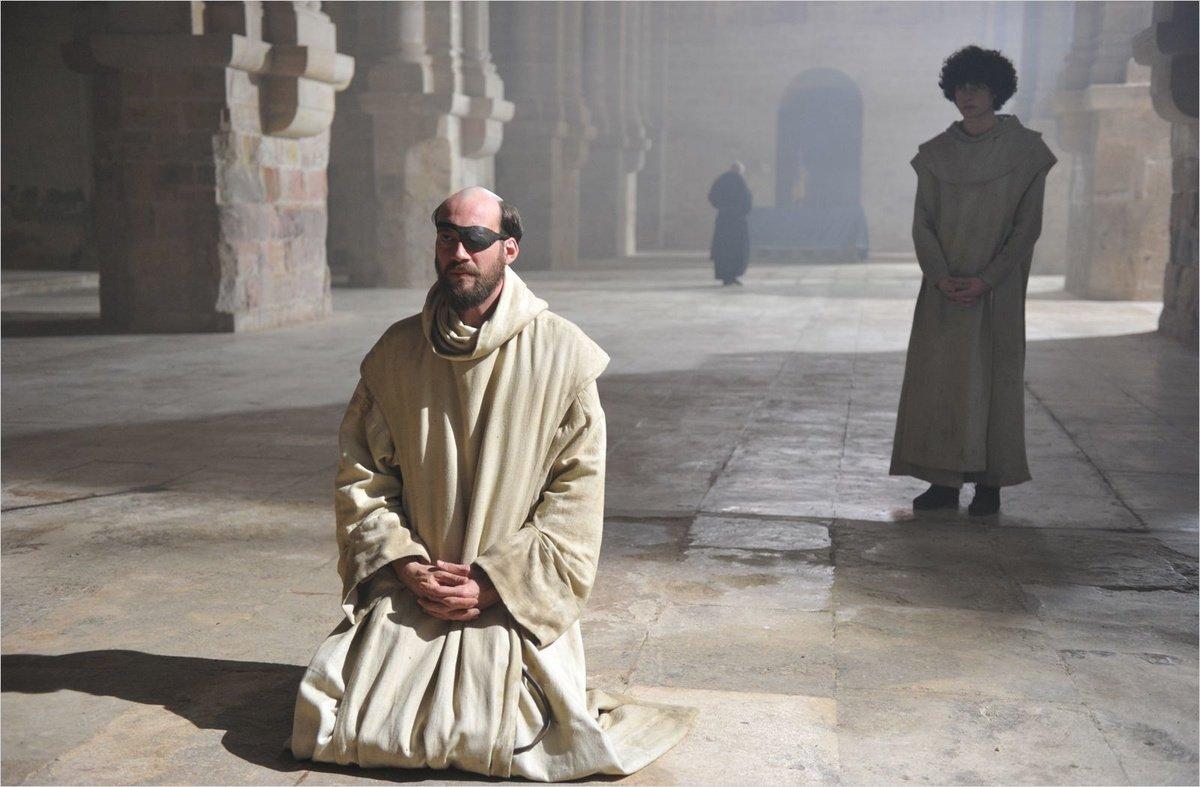 Кадр из сериала «Инквизиция»