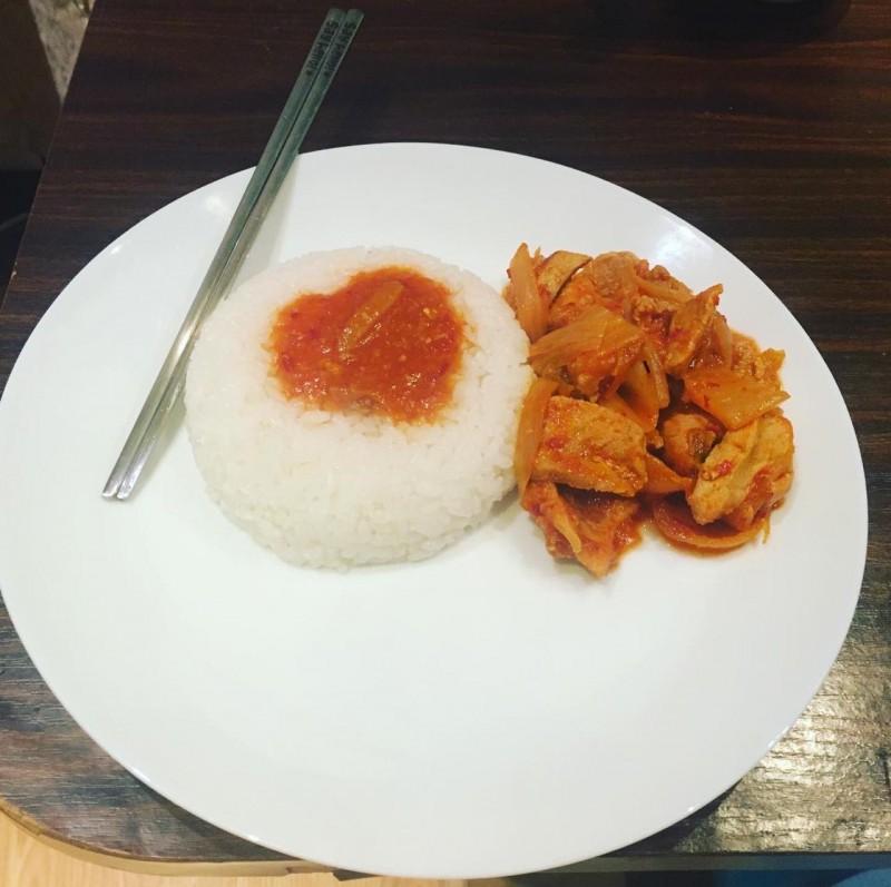 Кимчи поккымбап